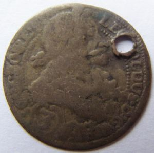 front view: 1 UNIDENTIFIED COIN. HELP!!