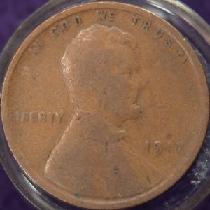 front view: 1917 USA 1917 Wheat Back Cent