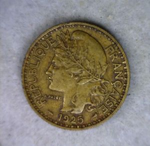 front view: 1925 Cameroon 2 Francs - 1925